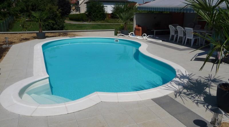 piscine pr t plonger. Black Bedroom Furniture Sets. Home Design Ideas
